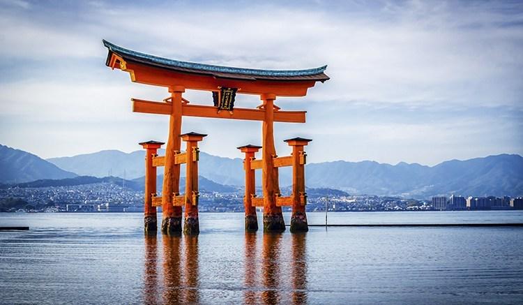 FUKUOKA HIROSHIMA NEW YEAR 5D3N